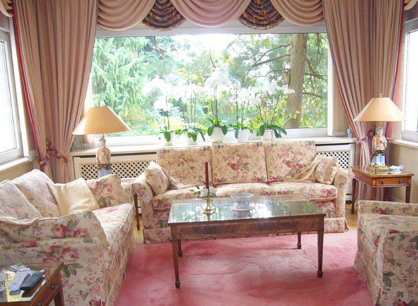 Curtains, drapes and accessories
